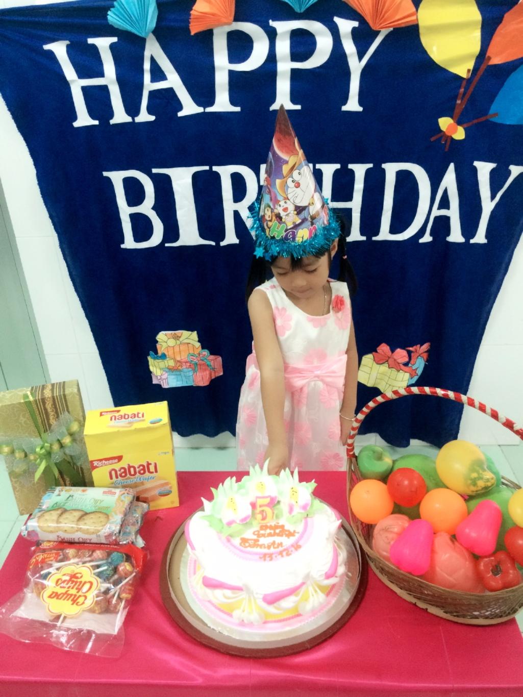Chúc con gái sinh nhật vui vẻ nha