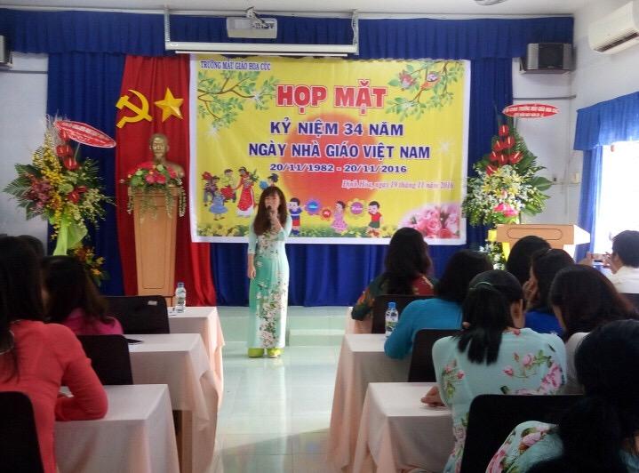 Kỷ niệm ngày nhà giáo Việt Nam 20/11 của trường MG Hoa Cúc